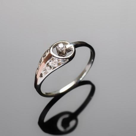 Серебряное кольцо Сюрприз