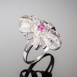 Серебряное кольцо Магнолия (малиновый)