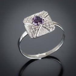 Серебряное кольцо Канада (фиолетовый)