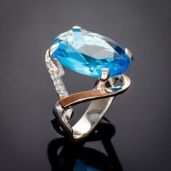 Серебряное колечко Лилия с большим камнем