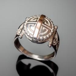 Серебряное кольцо Амазонка