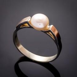 Нежное серебряное кольцо Вера, с жемчугом