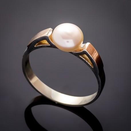 Серебряное кольцо Вера, с жемчугом (белый)