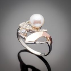 Серебряное кольцо Стелла со вставками из золота, жемчуга и фианита