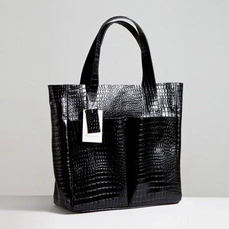 Кожаная сумка-тоут с карманами (черная)
