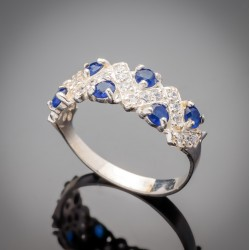 Серебряное кольцо Венок с цирконием