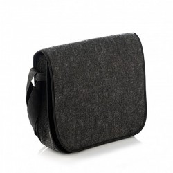 Небольшая войлочная сумка-почтальонка на ремне