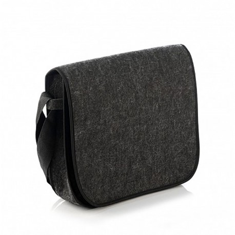 Небольшая войлочная сумка-почтальонка на ремне (черная)