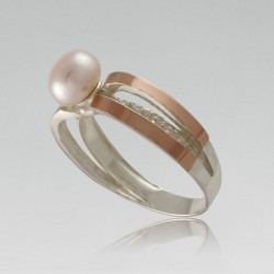 Серебряное кольцо Белиссимо с жемчугом