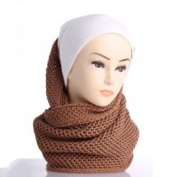 Однотонный шарф-снуд с узором соты