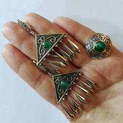 Серебряный набор украшений в казахском стиле