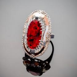 Серебряное кольцо Сара с камнем
