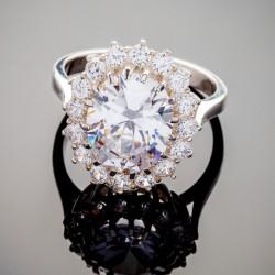 Серебряное кольцо Каролина с камнем (белый)