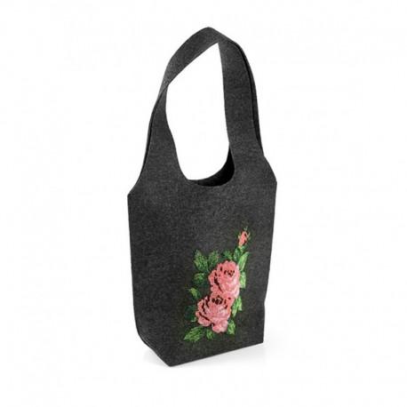 Женская войлочная сумка с вышивкой