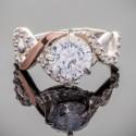 Серебряное кольцо с фианитом Соблазн