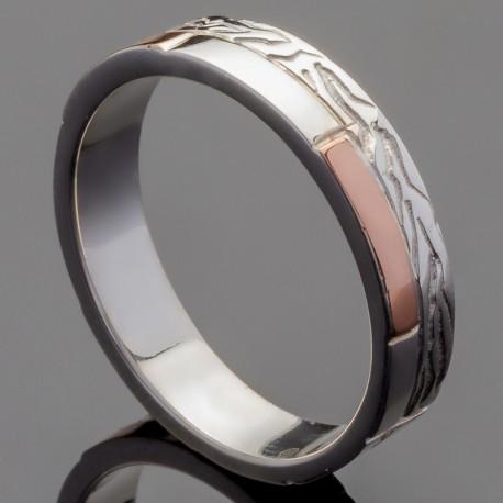 Обручальное кольцо с узором