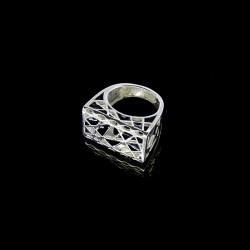 Серебряное кольцо с эмалью Джулия