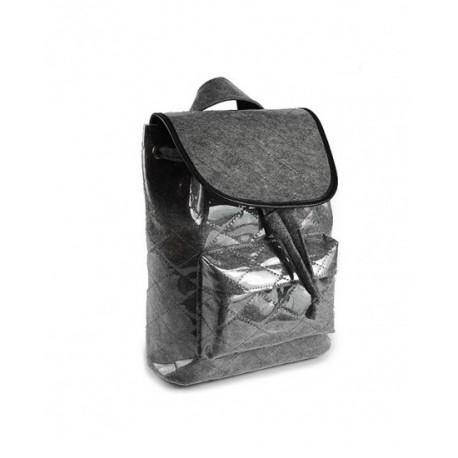 Рюкзак из войлока и ПВХ