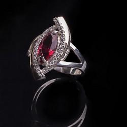 Маркиза-2 серебряное кольцо (красный)