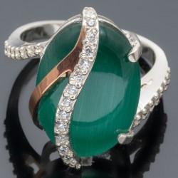 Кольцо женское Адель из серебра (зеленый)