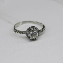 Серебряное кольцо малинка Варвара