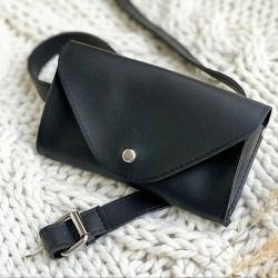 Женская поясная сумка на ремне (черная)