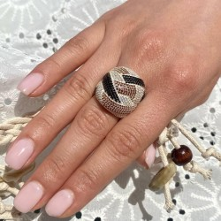 Широкое серебряное кольцо с камнями Амелия